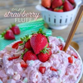 Easy Strawberry Fluff – A Delicious One Bowl Dessert